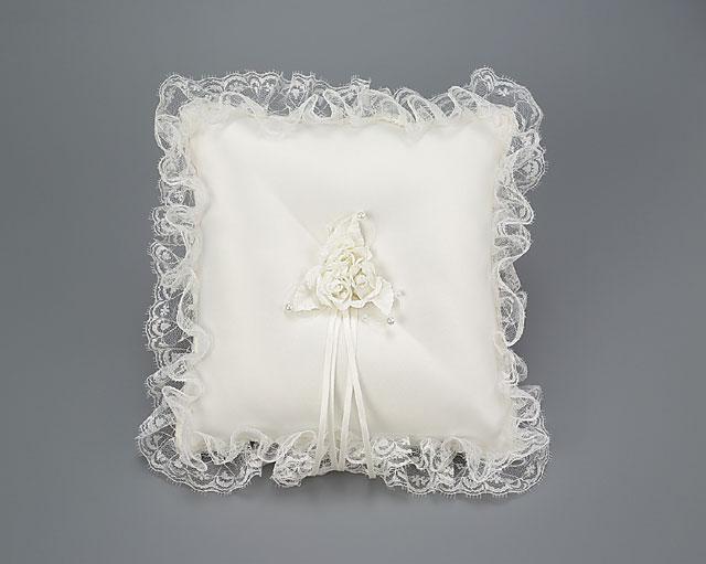 Свадебные подушечки, подушечки для колец