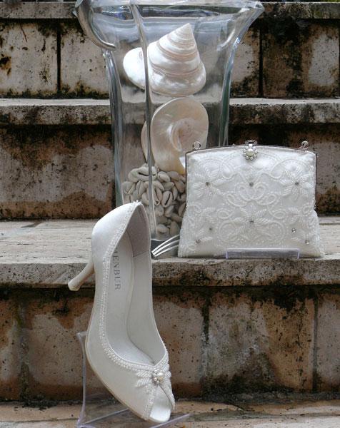 Вся женская обувь карнаби