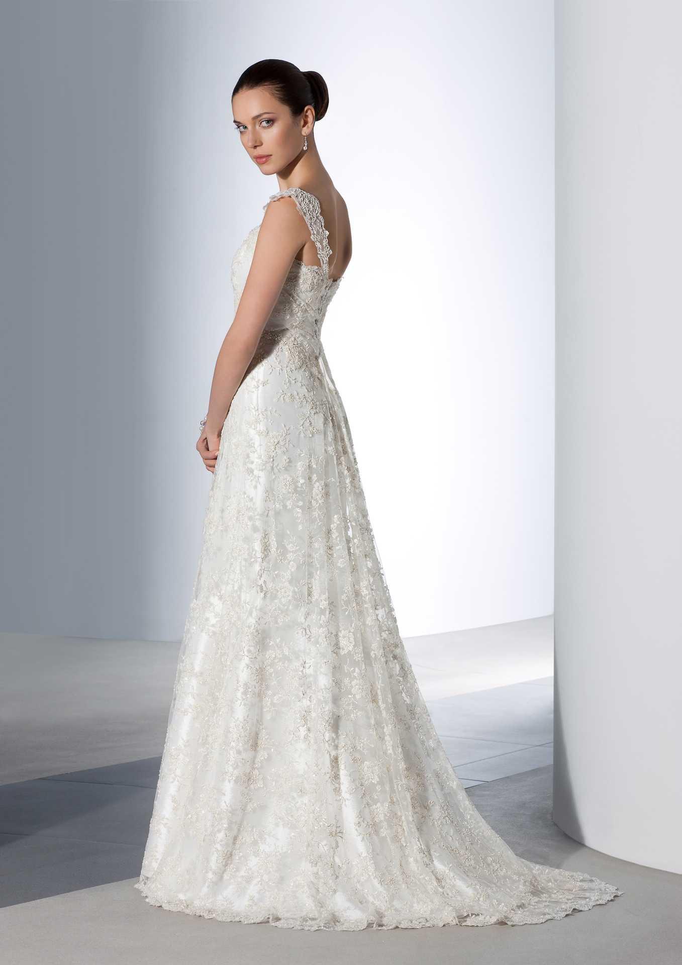 Свадебное платье тиара