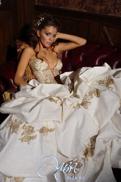 Сиськи в свадебных платьях