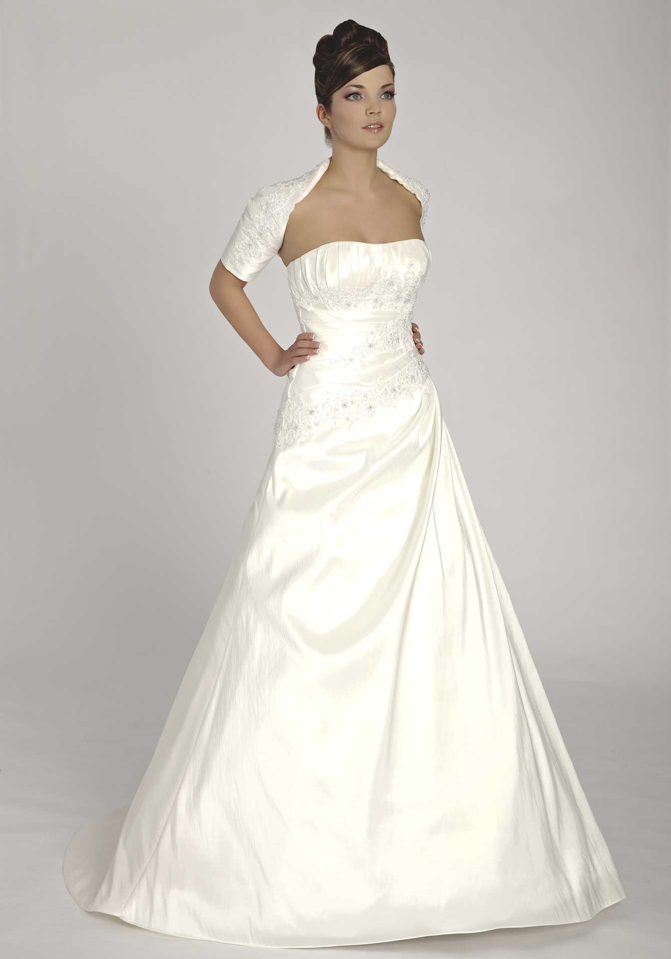 Где купить недорогое свадебное платье спб