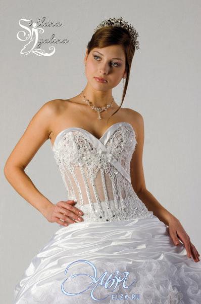 Пышные свадебные платья с прозрачным корсетами